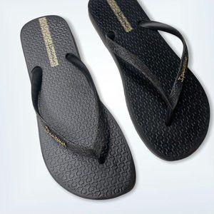 Ipanema Black Gold Glittery Flip Flops Size 7 New